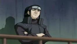Orochimaru memperhatikan Sasuke