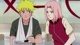 Sakura mendekati Naruto