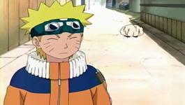 Konohamaru mengikuti Naruto secara sembunyi-sembunyi