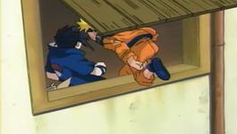 Naruto menyerang Sasuke