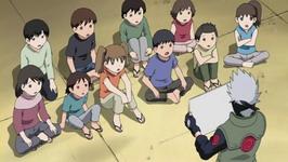 Kakashi mengajar anak-anak