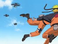 Kage bunshin Naruto membuat manuver di udara