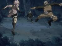 Sakura dan naruto menyerang