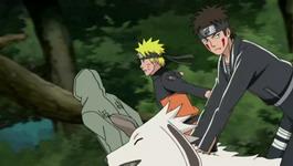 Kiba mengejek Naruto