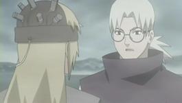 Kabuto menyuruh Yuukimaru minum pil
