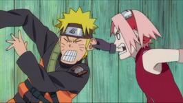 Sakura menjewer Naruto