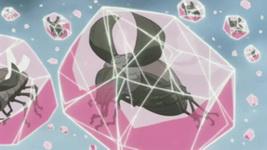 Kikaichuu dalam kristal