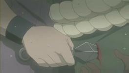 Rinji menusuk punggung Guren